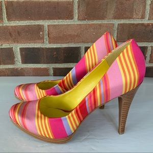 Like new Nine West Rocha striped heel pump